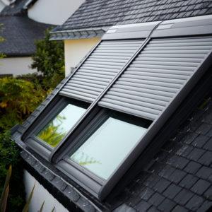 Tenda filtrante elettrica rml ck04 4000 ediltermika for Listino finestre velux 2017